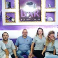 Al Bar Settimocielo cocktail a tema, cicchetti a 1 euro e personale frizzante